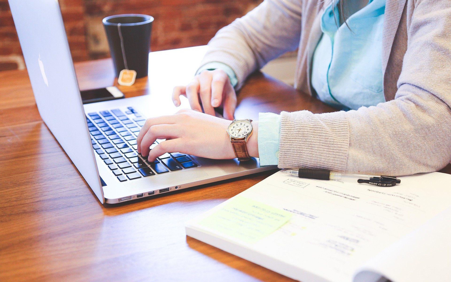 Cómo tramitar cédula profesional en línea.